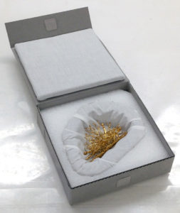 Fig. 10. Inside of finished box for gold hinge.